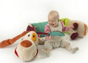 Les jouets d'éveil bébé pour bien démarrer dans la vie
