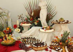 Oui on peut mettre des assiettes jetables à son mariage !